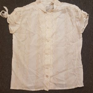 True Vintage 1960s white and yellow button up blos